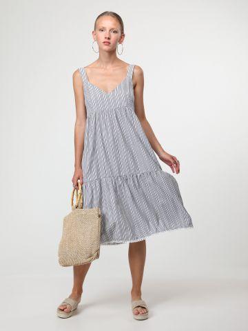 שמלת פסים קומות עם סיומת עיטורי תחרה