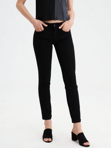 ג'ינס סקיני Skinny
