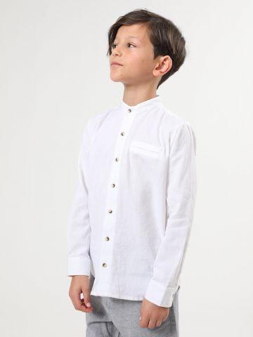חולצת פשתן מכופתרת עם צווארון סיני