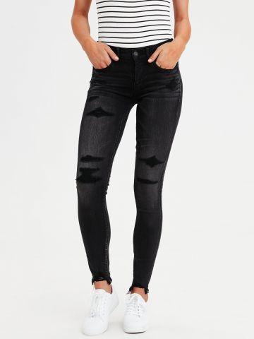 ג'ינס בשטיפה כהה עם טלאים תפורים Jegging