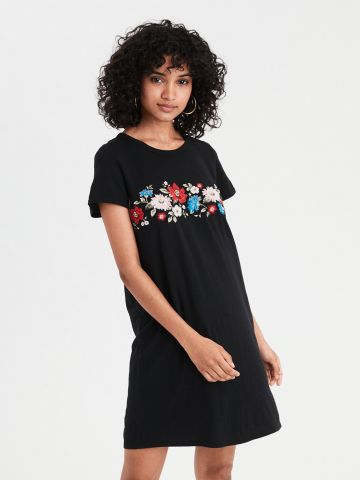 שמלת טי שירט עם רקמת פרחים \ נשים