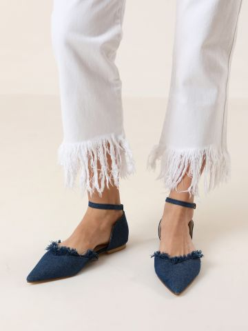 נעלי שפיץ ג'ינס עם סיומת פרומה
