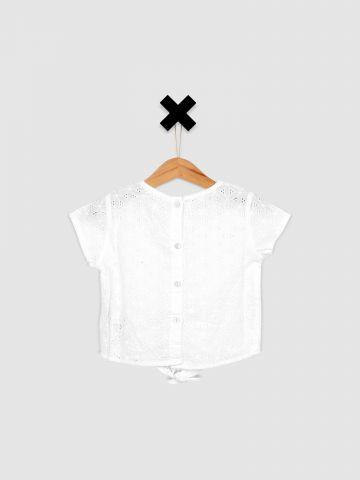 חולצה מכופתרת עם עיטורי רקמה / בייבי בנות