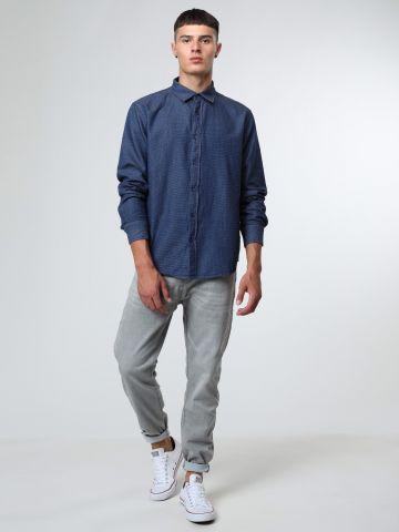 ג'ינס סלים ווש בגזרה ישרה