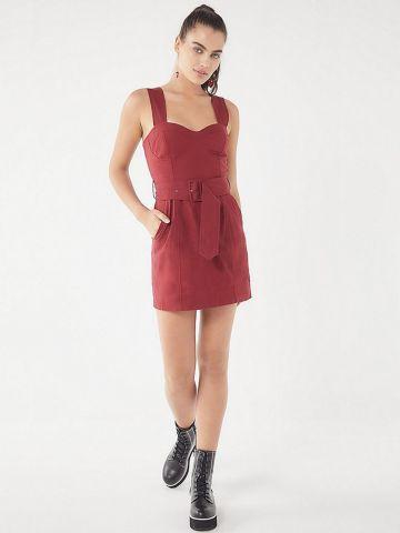 שמלת פשתן מיני עם חגורה וכיסים UO
