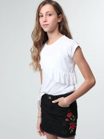 חצאית ג'ינס מיני עם רקמת פרחים
