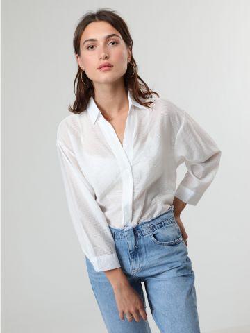 חולצה מכופתרת שקופה בהדפס פסים דקים