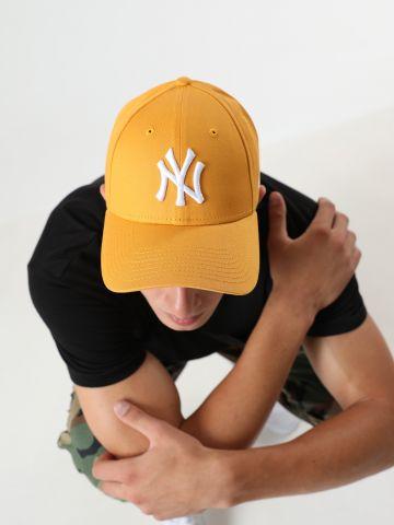 כובע מצחייה עם לוגו רקום