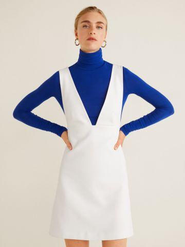 שמלת מיני עם וי עמוק ואיקס בגב
