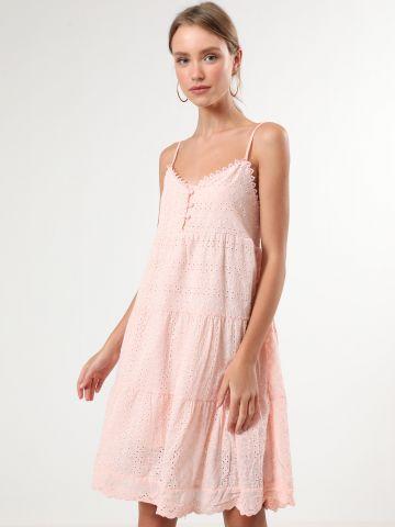 שמלת קומות מידי עם עיטורי תחרה וכפתורים
