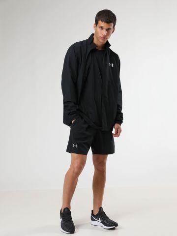 מכנסי ספורט קצרים עם פסי רשת בצדדים