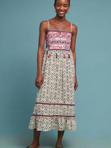 שמלת מידי בהדפס מעוינים עם רקמות צבעוניות ופרנזים