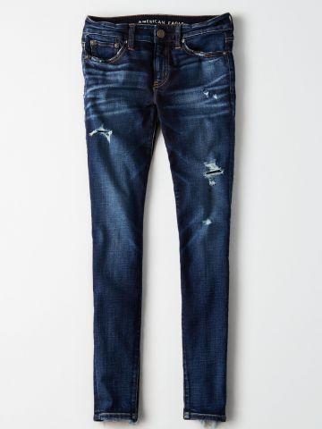 ג'ינס סקיני קרעים עם סיומת פרומה / נשים