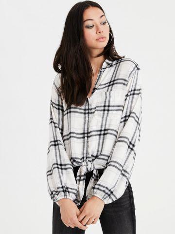 חולצה מכופתרת בהדפס משבצות עם קשירה