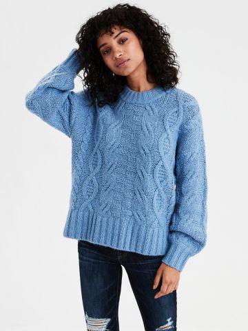 סוודר בטקסטורת צמות גדולות