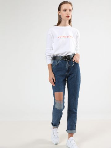 ג'ינס Mom גבוה עם קרע Get A Grip