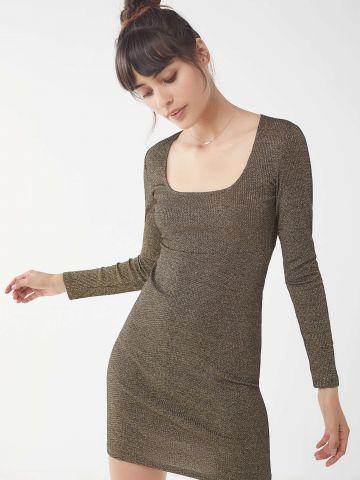 שמלת מיני לורקס עם שרוולים ארוכיםUO