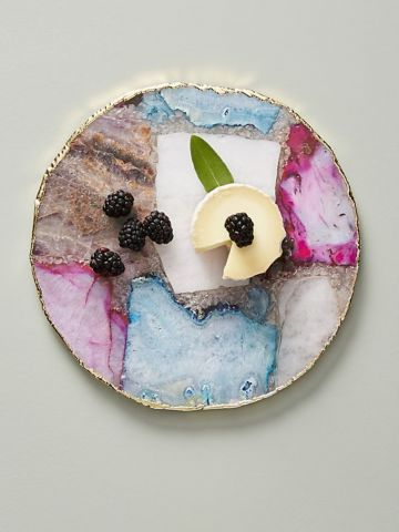 מגש גבינות מאבן אגט עם עיטור פס פליז