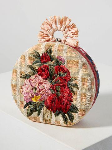 תיק קלאץ' עם רקמת פרחים בשילוב חרוזים