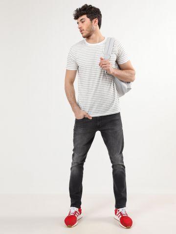 ג'ינס סלים עם ווש