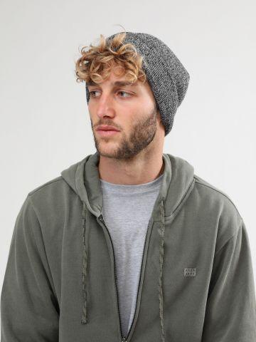 כובע גרב עם פאץ' לוגו / גברים