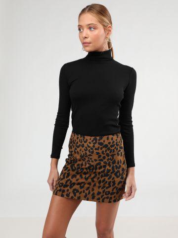 חצאית מיני קורדרוי בהדפס מנומר