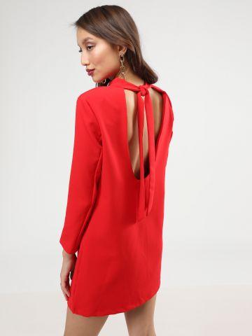 שמלת מיני עם מפתח גב וקשירת פפיון
