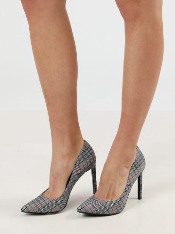 נעלי עקב סטילטו בהדפס משבצות