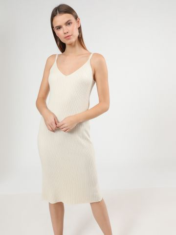 שמלת סריג מידי ללא שרוולים