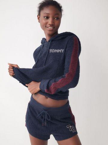מכנסי פליז קצרים עם פסים בצדדים UO X Tommy Hilfiger
