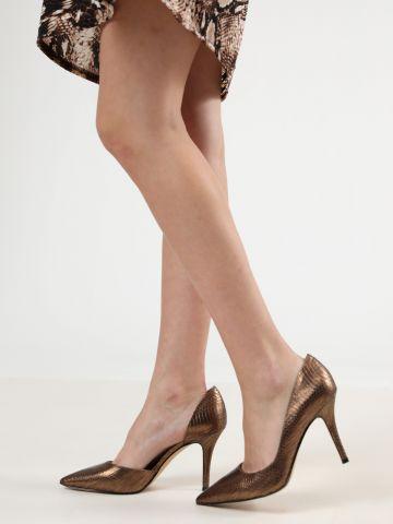 נעלי עקב סטילטו דמוי עור נחש בגימור מטאלי
