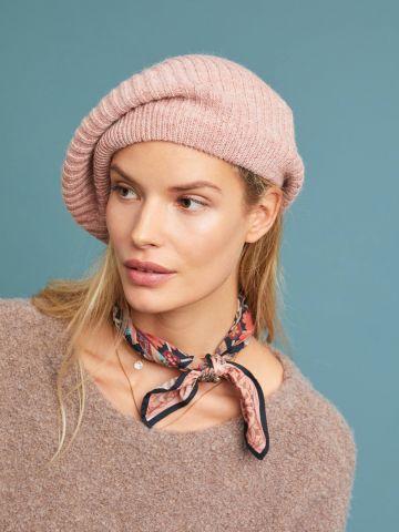 כובע בארט סרוג בטקסטורת ריב