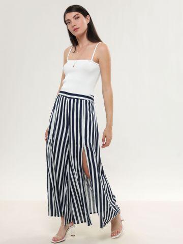 מכנסיים רחבים בהדפס פסים עם פתחים