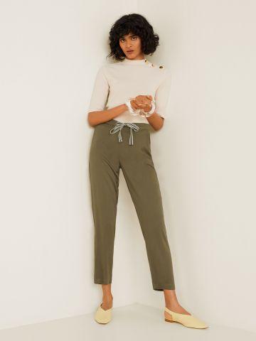 מכנסיים ארוכים בשילוב קשירה