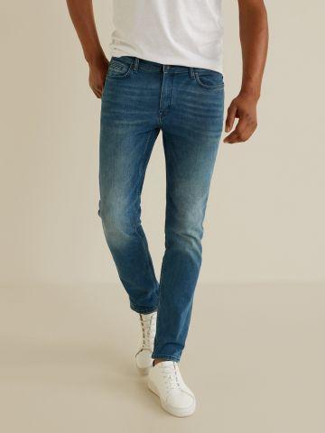 ג'ינס סטרץ' בגזרת סלים