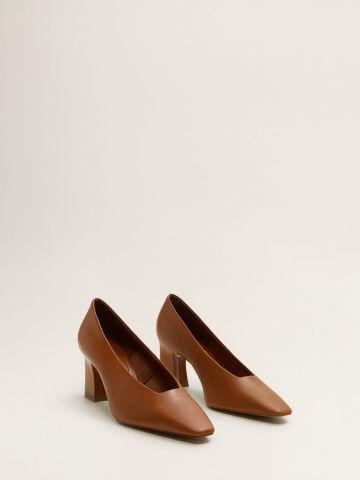 נעלי עקב עור עם פתח מרובע