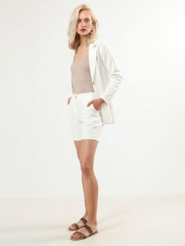מכנסיים קצרים בסגנון מחויט - חלק מחליפה