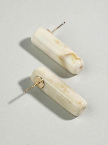 עגילי סיכה מוארכים באפקט שיש
