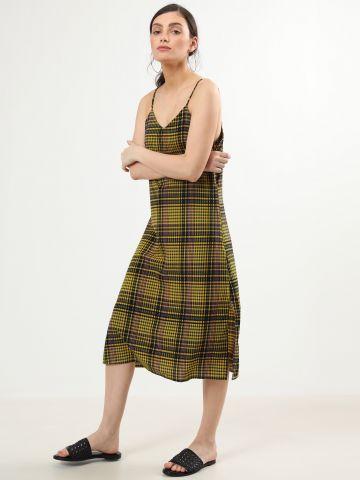 שמלת משבצות מידי עם שסעים