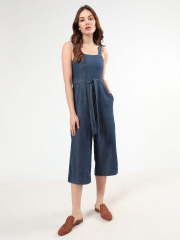 אוברול ג'ינס עם חגורת קשירה