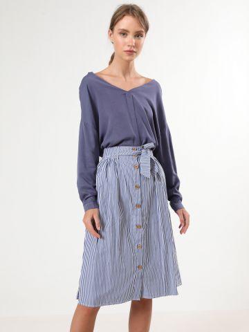 חצאית פסים מידי עם חגורת קשירה