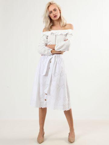 חצאית מידי מכופתרת עם עיטורי רקמה