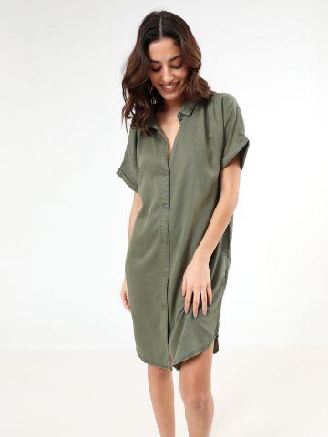 שמלת מיני מכופתרת עם שרוולים קצרים