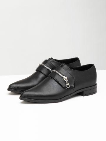 נעלי אוקספורד דמוי עור בעיטור רוכסן / נשים