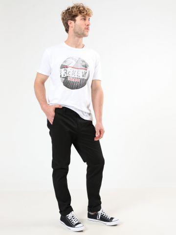 מכנסיים מחויטים בגזרה ישרה