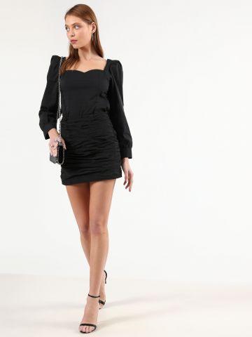 חצאית ניילון מיני עם כיווצי בד