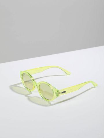 משקפי שמש אובליים עם מסגרת פלסטיק Phoenix