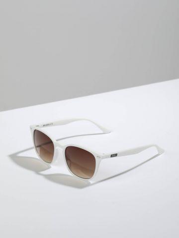 משקפי שמש מלבניים עם מסגרת פלסטיק Brussels