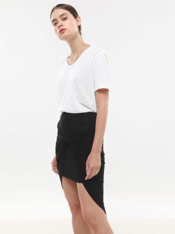 חצאית מיני אסימטרית עם כיווץ