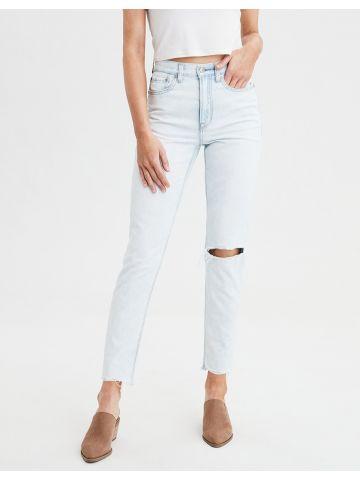 ג'ינס Mom בשטיפה בהירה עם קרעים